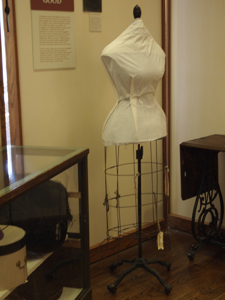 Mannequin from the Tanner Davidson collection at the Weyerhaeuser Museum, 2012.