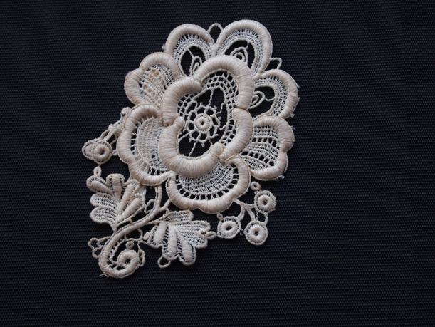 Lace medallion - MCHS Collections, #1982.57.43f