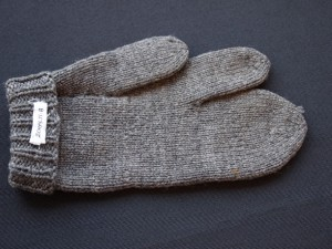 Three-fingered Mitten - MCHS Collections, #2004.71.8