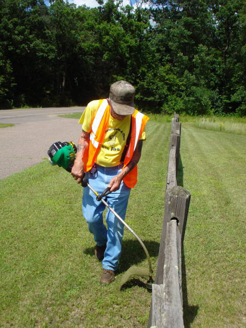 Bennedict Smuda, at work on the grounds of the Weyerhaeuser Museum in August 2009. Photo by Alice Smuda, Ben's wife.