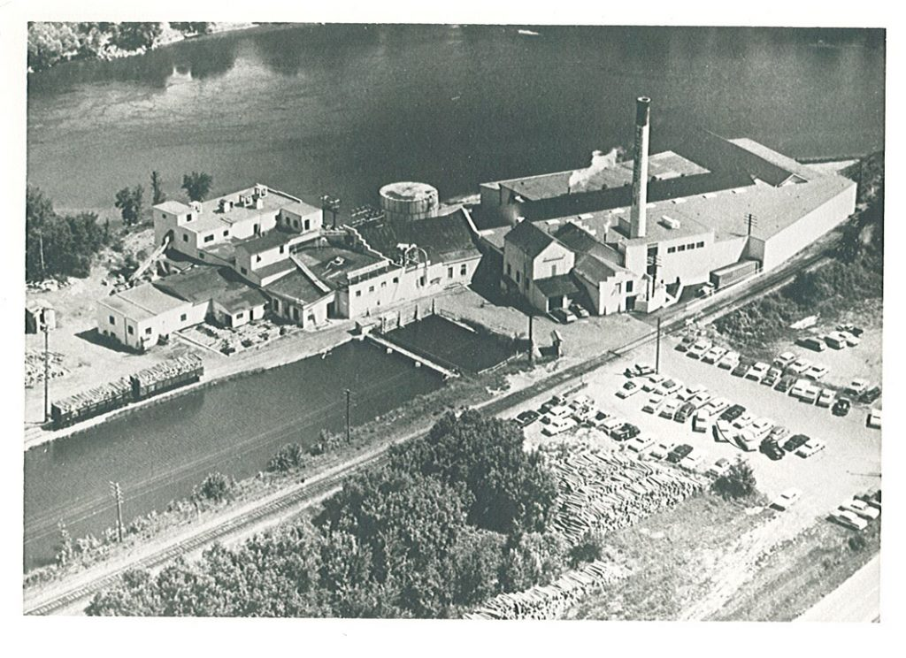 Aeriel view of Hennepin Paper Mill, Little Falls, MN, undated. MCHS collections #2003.28.1A.