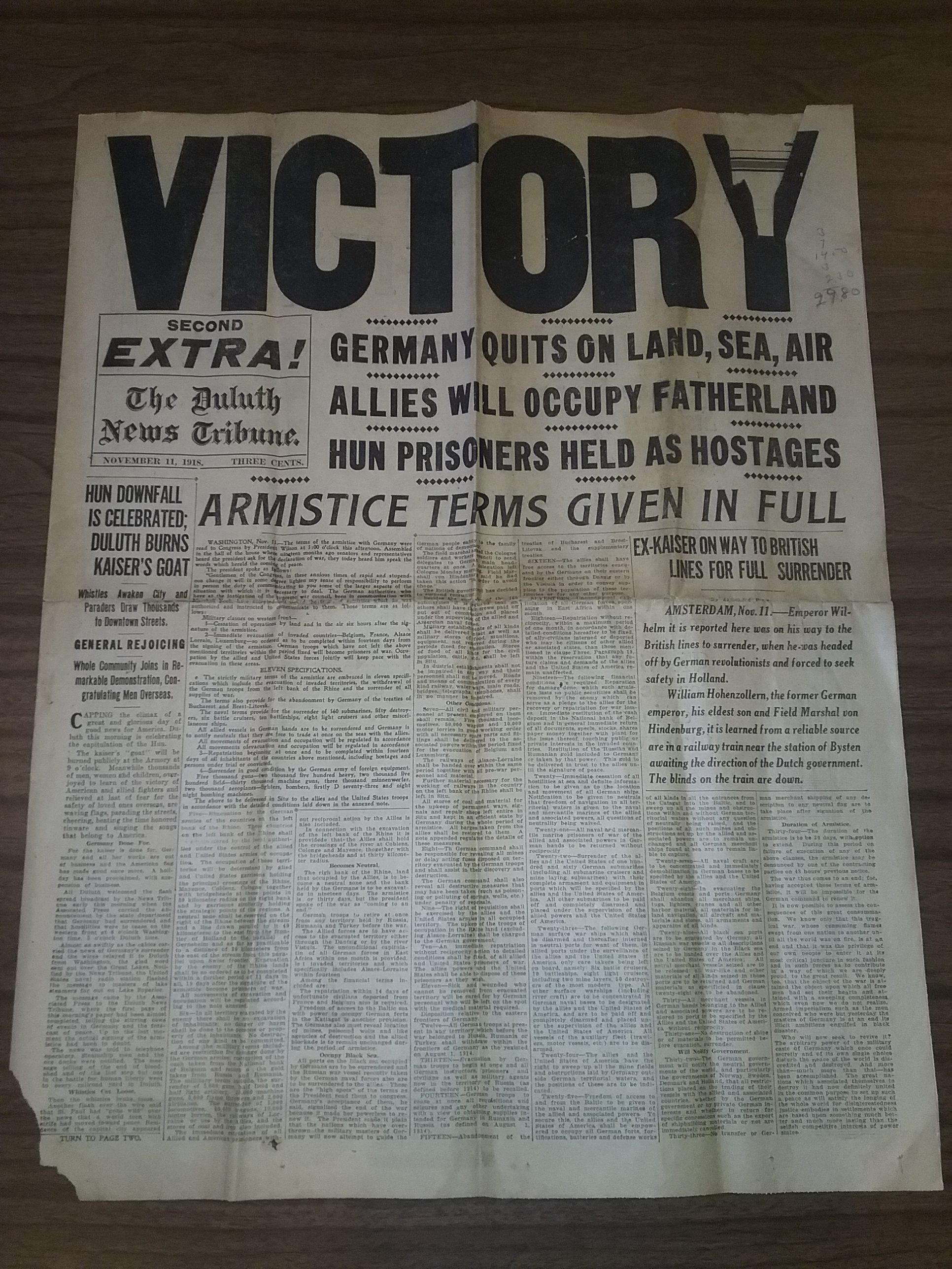 Armistice Day, November 11, 1918, announcement of the end of World War I from The Duluth News Tribune, page 1.