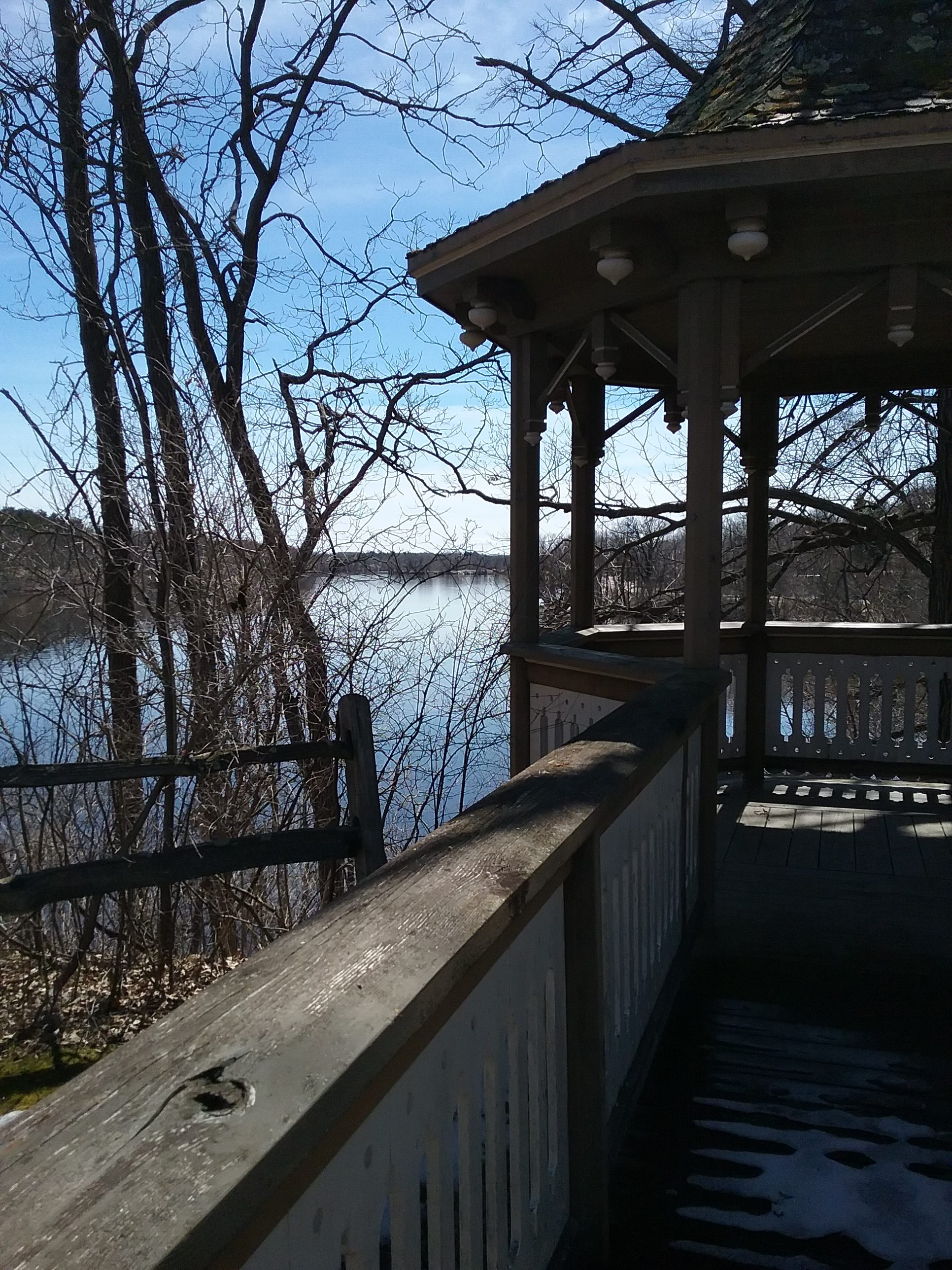 Gazebo and Mississippi River at The Charles A. Weyerhaeuser Memorial Museum, 2019.