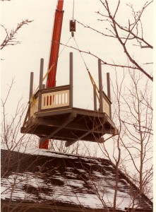 Gazebo at Weyerhaeuser Museum being brought in by crane, 1984.