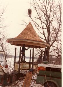 Gazebo at Weyerhaeuser Museum being installed, 1984.